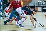 Almere - Zaalhockey  Amsterdam-Rotterdam (m)  . Wiegert Schut (Adam) met Tristan Algera (R'dam)    TopsportCentrum Almere.    COPYRIGHT KOEN SUYK