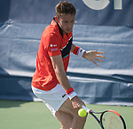 Nicolas Mahut (FRA) defeated Thomas Fabbiano (ITA) 6-1, 7-6,