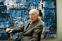 Juan Octavio Prenz (Ensenada, 1932) è una scrittore e poeta argentino. Juan Octavio Prenzè nato in Argentina e dal 1979 vive a Trieste, dove insegna Letteratura Spagnola moderna e contemporanea all'Università. Premio Nonino 2019. © Leonardo Cedamo