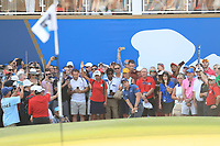 Paul Dunne (IRL) on the 18th green during Round 4 of the DP World Tour Championship 2017, at Jumeirah Golf Estates, Dubai, United Arab Emirates. 19/11/2017<br /> Picture: Golffile | Thos Caffrey<br /> <br /> <br /> All photo usage must carry mandatory copyright credit     (© Golffile | Thos Caffrey)