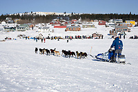 John Baker on Fish River arriving @ White Mtn chkpt in 5th place 2006 Iditarod Western Alaska Winter