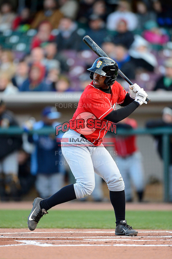 Bowling Green Hot Rods outfielder Andrew Toles #1 during a game against the Dayton Dragons on April 20, 2013 at Fifth Third Field in Dayton, Ohio.  Dayton defeated Bowling Green 6-3.  (Mike Janes/Four Seam Images)