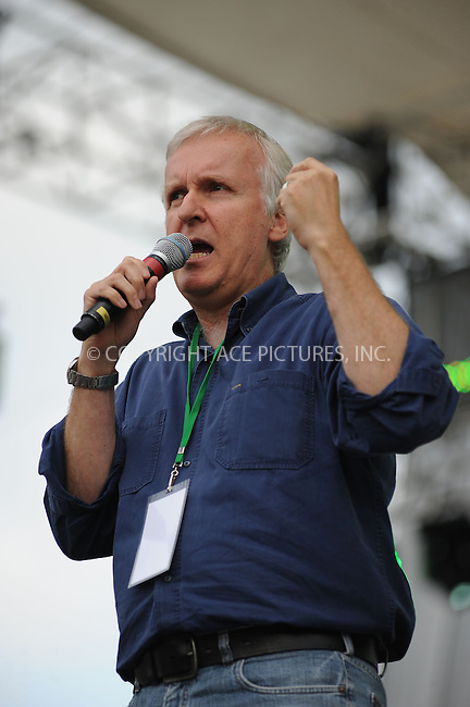 WWW.ACEPIXS.COM . . . . . ....April 25 2010, Washington DC....James Cameron at the Climate Rally on the National Mall on April 25, 2010 in Washington, DC. ....Please byline: KRISTIN CALLAHAN - ACEPIXS.COM.. . . . . . ..Ace Pictures, Inc:  ..(212) 243-8787 or (646) 679 0430..e-mail: picturedesk@acepixs.com..web: http://www.acepixs.com