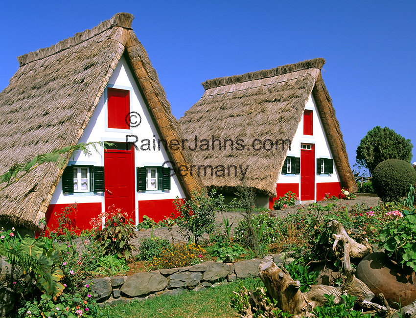 Portugal, Madeira, Santana: Casas de Colmo | Portugal, Madeira, Santana: Casas de Colmo