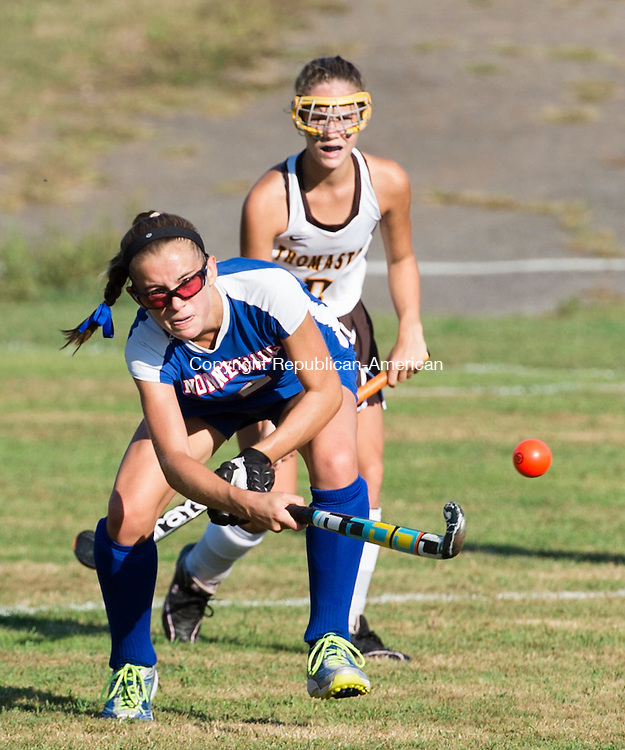 THOMASTON, CT - 18 September 2015-091815EC07-- Nonnewaug's Lindsey Ross passes the ball Friday in Thomaston. Erin Covey Republican-American.