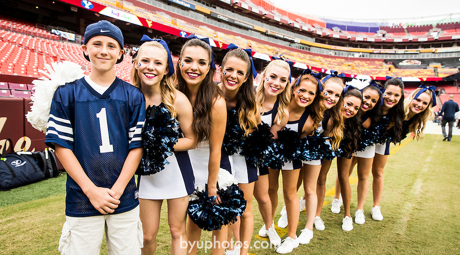 16FTB at West Virginia 3200<br /> <br /> 16FTB at West Virginia<br /> <br /> BYU Football vs West Virginia at FedEx Field in Landover, Maryland.<br /> <br /> BYU-32<br /> WVU-35<br /> <br /> September 24, 2016<br /> <br /> Photo by Jaren Wilkey/BYU<br /> <br /> &copy; BYU PHOTO 2016<br /> All Rights Reserved<br /> photo@byu.edu  (801)422-7322