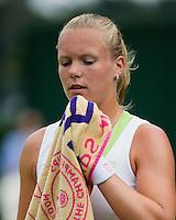 28-06-12, England, London, Tennis , Wimbledon,   Kiki Bertens during changeover