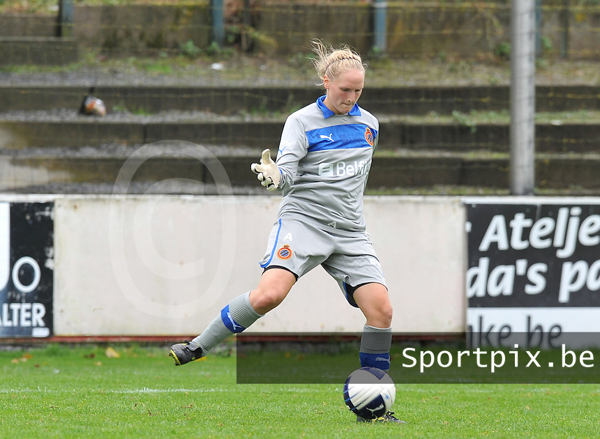 Club Brugge Dames : Kim Dossche.foto DAVID CATRY / Vrouwenteam.be