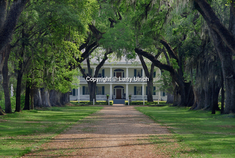 Oak Alley and Rosedown House <br />