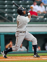 29 May 2007: Eduardo Nunez of the Charleston RiverDogs, Class A South Atlantic League affiliate of the New York Yankees, in a game against the Greenville Drive at West End Field in Greenville, S.C. Photo by:  Tom Priddy/Four Seam Images