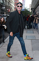 NOV 08 Chad Smith  At AOL's Build Series