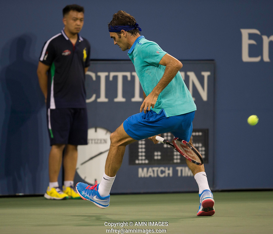 ROGER FEDERER (SUI)<br /> The US Open Tennis Championships 2014 - USTA Billie Jean King National Tennis Centre -  Flushing - New York - USA -   ATP - ITF -WTA  2014  - Grand Slam - USA  31ST August 2014. <br /> <br /> © AMN IMAGES