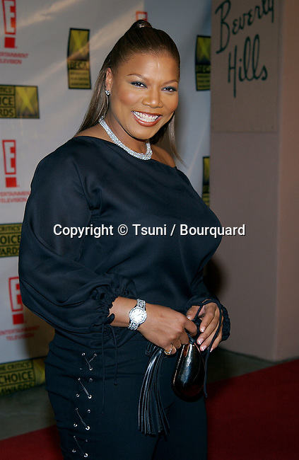 Queen Latifah arriving at the 8th Annual Critics' Choice Awards at the Beverly Hills Hotel in Los Angeles. January 17, 2003.            -            QueenLatifah77.jpg