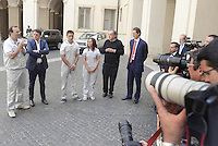 Roma, 25 Luglio 2014<br /> Il presidente del Consiglio Matteo Renzi ha ricevuto oggi a Palazzo Chigi l'AD di Fiat Sergio Marchionne e il presidente John Elkann, che hanno presentato al premier la nuova Jeep Renegade. <br /> <br /> Fiat, Elkann and Marchionne have to Renzi new Jeep Renegade. <br /> <br /> Rome, July 25, 2014 <br /> The President of the Council Matteo Renzi received today at Palazzo Chigi, the CEO of Fiat, Sergio Marchionne and Chairman John Elkann, who presented to the premier the new Jeep Renegade.