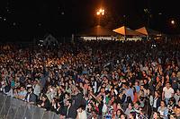 PIRACICABA,SP 23.05.2015 - VIRADA-PAULISTA - O público empolgado durante Virada Cultural Paulista na cidade de Piracicaba no interior de São Paulo neste sabado, 23. (Foto: Mauricio Bento / Brazil Photo Press)