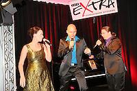 """Alice Köfer und ihre Kollegen Dieter Behrens (r.) und Bernhard Leuber traten als """"Vocal Recall"""" im Büttelborner Cafe Extra auf"""