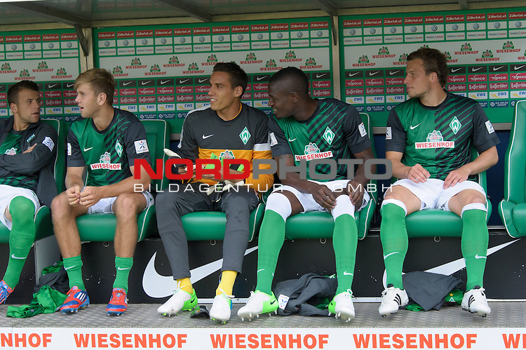 01.09.2012, Weser Stadion, Bremen, GER, 1.FBL, Werder Bremen vs Hamburger SV, im Bild<br /> Trainerbank Wiesenhof<br /> <br /> <br /> Foto &copy; nph / Kokenge *** Local Caption ***