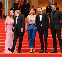 "CANNES, FRANCE. May 22, 2019: Sara Forestier, Arnaud Desplechin, Lea Seydoux, Antoine Reinartz & Roschdy Zem  at the gala premiere for ""Oh Mercy!"" at the Festival de Cannes.<br /> Picture: Paul Smith / Featureflash"