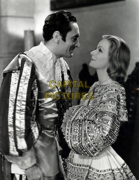 John Gilbert & Greta Garbo .in Queen Christina.*Filmstill - Editorial Use Only*.CAP/PLF.Supplied by Capital Pictures.