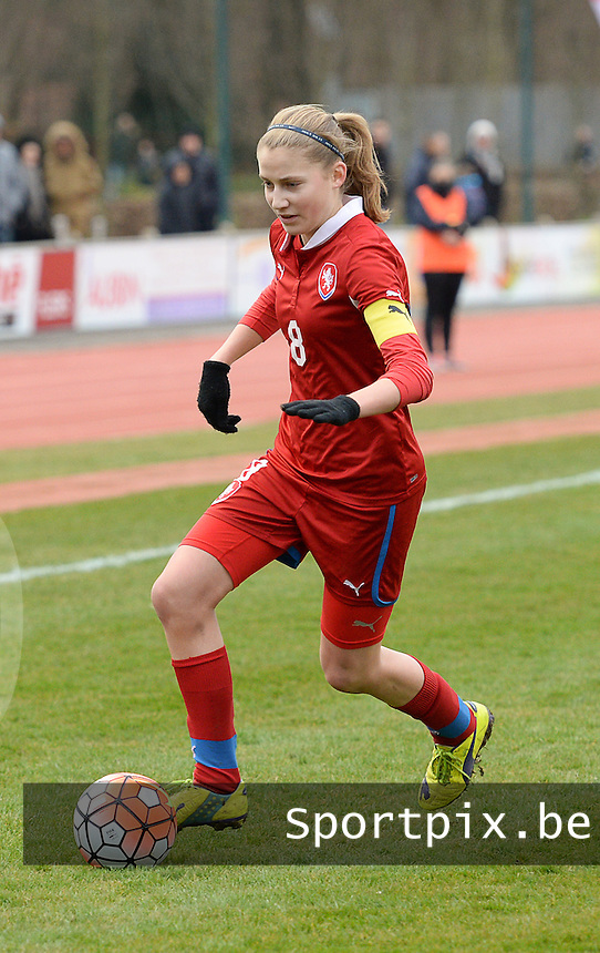 20160319 - FLERS , FRANCE : Czech Kamila Dubcova pictured during the soccer match between the women under 17 teams of  France and the Czech Republic , on the first matchday in group 3 of the UEFA Women Under17 Elite rounds at Stade du Haze in Flers , France . Saturday 19th March 2016 . PHOTO DAVID CATRY