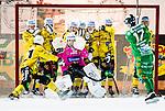Stockholm 2014-12-19 Bandy Elitserien Hammarby IF - Broberg S&ouml;derhamn :  <br /> Broberg S&ouml;derhamns m&aring;lvakt Henrik Rhenvall med en r&auml;ddning efter ett skott p&aring; h&ouml;rna av Hammarbys Robin Sundin under matchen mellan Hammarby IF och Broberg S&ouml;derhamn <br /> (Foto: Kenta J&ouml;nsson) Nyckelord:  Elitserien Bandy Zinkensdamms IP Zinkensdamm Zinken Hammarby Bajen HIF Broberg S&ouml;derhamn