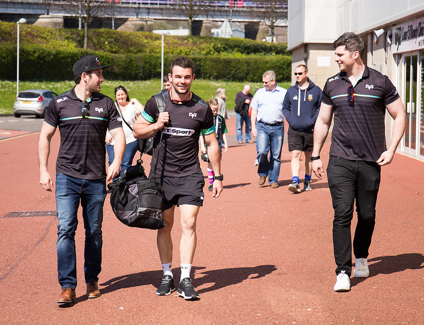 Ospreys' Tom Habberfield arrives at the stadium<br /> <br /> Photographer Simon King/CameraSport<br /> <br /> Guinness PRO12 Round 19 - Ospreys v Leinster Rugby - Saturday 8th April 2017 - Liberty Stadium - Swansea<br /> <br /> World Copyright &copy; 2017 CameraSport. All rights reserved. 43 Linden Ave. Countesthorpe. Leicester. England. LE8 5PG - Tel: +44 (0) 116 277 4147 - admin@camerasport.com - www.camerasport.com