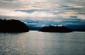 Lake Manapouri, Fiordland National Park, South Island, New Zealand.