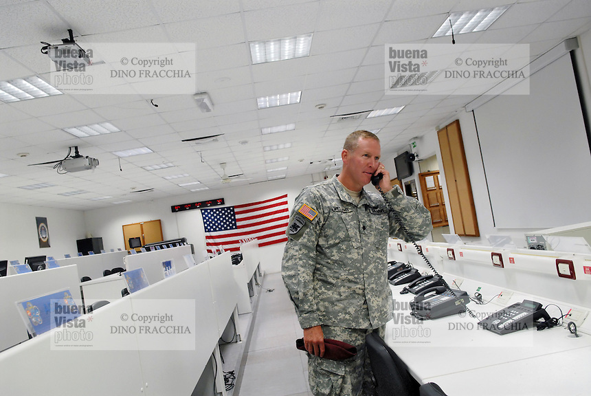 - Camp Ederle US Army base, Longare detachment (former Site Pluto), inside of training room for simulated management of battlefield ....- base US Army di caserma Ederle, distaccamento di Longare (ex Site Pluto), interno della sala di addestramento per la gestione simulata del campo di battaglia