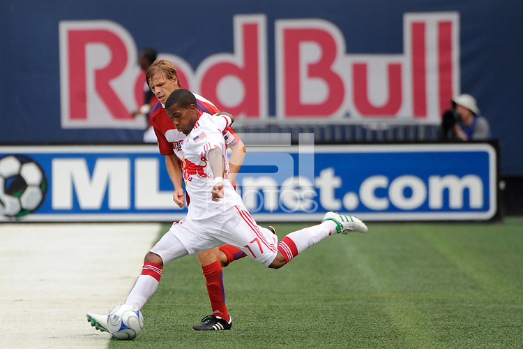 Jeremy Hall (17) of the New York Red Bulls is marked by Dave van den Bergh (7) of FC Dallas. The New York Red Bulls defeated FC Dallas 3-2 during a Major League Soccer match at Giants Stadium in East Rutherford, NJ, on August 23, 2009.