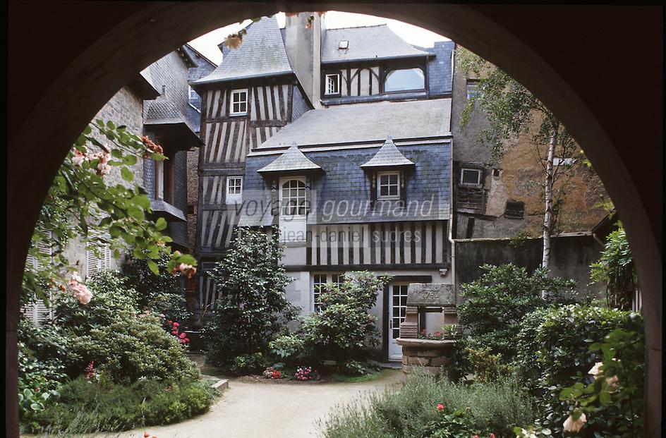 Europe/France/Bretagne/35/Ille-et-Vilaine/Rennes: Vieil hotel 8 rue de la Psalette - Colombages