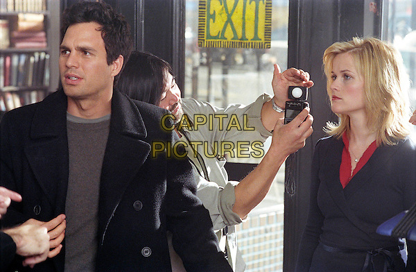 MARK RUFFALO  & REESE WITHERSPOON .in Just Like Heaven.Filmstill - Editorial Use Only.CAP/AWFF.www.capitalpictures.com.sales@capitalpictures.com.Supplied By Capital Pictures.