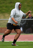 Wellington's Leesa Lealaisalanoa warms up for the women's under-16 discus during the National athletics championships at Newtown Park, Wellington, New Zealand on Friday, 27 March 2009. Photo: Dave Lintott / lintottphoto.co.nz