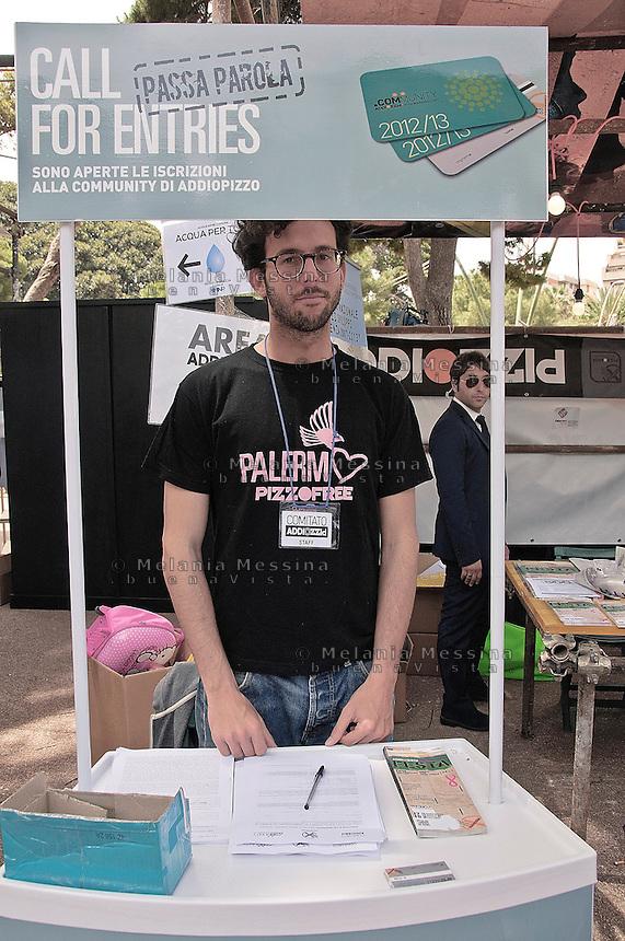 Palermo, festa del consumo critico di Addio Pizzo:<br /> Palermo: festival of critical consumerism of Addio Pizzo.