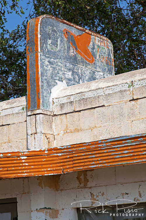 The Little Juarez Cafe sits along Route 66 in Glenrio, Texas. The Art Moderne-style diner was built in 1952 and remained opened until the town was bypassed by the Interstate 40 in the mid-1970's.
