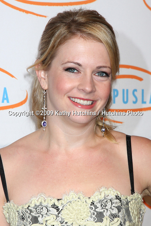 Melissa Joan Hart.arriving at the 7th Annual Lupus LA Bag Ladies Luncheon .Beverly Wilshire Hotel.Beverly Hills,  CA.November 18, 2009.©2009 Kathy Hutchins / Hutchins Photo.