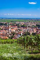 France, Alsace, Haut-Rhin, Turckheim: wine village | Frankreich, Elsass, Haut-Rhin, Turckheim: Weinort am Ausgang des Fechttals