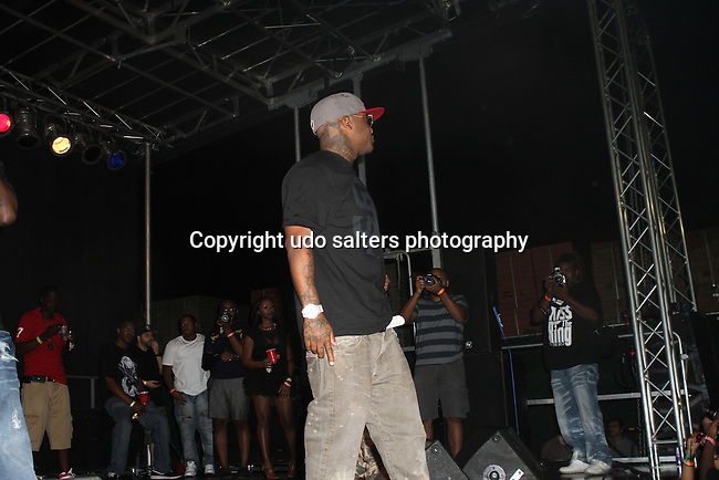 """Royce da 5'9"""" of Slaughterhouse Performs at The Well, Brooklyn NY   9/8/12"""