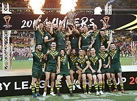 Australia celebrate after winning the Rugby League World Cup final between Australia and England, Suncorp Stadium, Brisbane, Australia, 2 December 2017. Copyright Image: Tertius Pickard / www.photosport.nz MANDATORY CREDIT/BYLINE : SWpix.com/PhotosportNZ