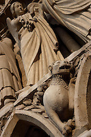 Lion and angels, Western façade (detail), Notre Dame de Paris, 1163 ? 1345, initiated by the bishop Maurice de Sully, Ile de la Cité, Paris, France. Picture by Manuel Cohen