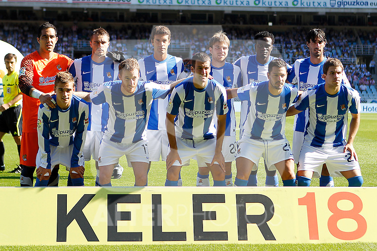 Real Sociedad's team photo during La Liga match.October 2,2011. (ALTERPHOTOS/Acero)