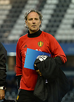 20171020 - LEUVEN , BELGIUM : Belgian assistant coach Kris Van Der Haegen pictured during the female soccer game between the Belgian Red Flames and Romania , the second game in the qualificaton for the World Championship qualification round in group 6 for France 2019, Friday 20 th October 2017 at OHL Stadion Den Dreef in Leuven , Belgium. PHOTO SPORTPIX.BE | DAVID CATRY