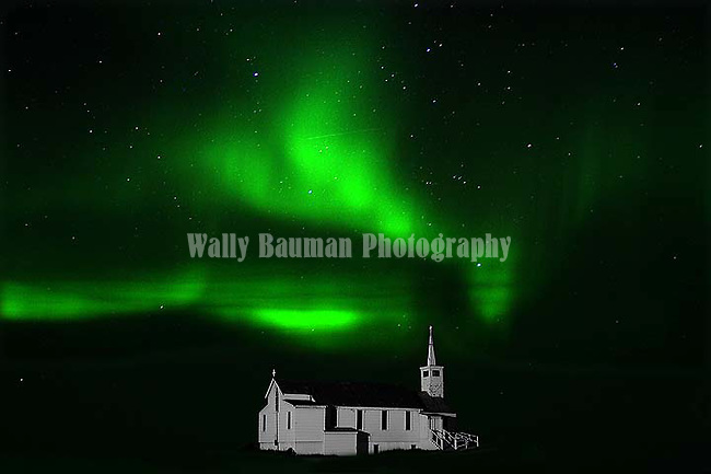 ST. PAUL'S ANGLICAN CHURCH AND THE NORTHERN LIGHTS,  'Aurora borealis' CHURCHILL, MANITOBA, CANADA