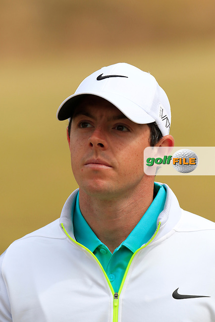 Rory MCILROY (NIR) on the 17th green during Thursday's Round 1 of the 2015 U.S. Open 115th National Championship held at Chambers Bay, Seattle, Washington, USA. 6/18/2015.<br /> Picture: Golffile | Eoin Clarke<br /> <br /> <br /> <br /> <br /> All photo usage must carry mandatory copyright credit (&copy; Golffile | Eoin Clarke)