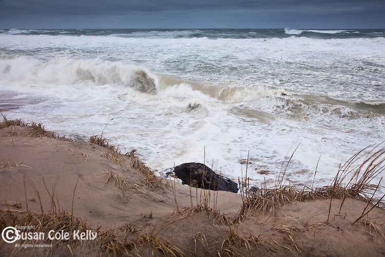 A winter storm pounds the shore in the Cape Cod National Seashore, Eastham, Cape Cod, MA, USA