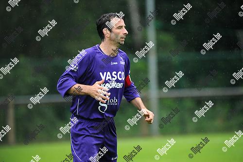 2011-08-03 / Voetbal / seizoen 2011-2012 / Gooreind VV / Cisse Severeyns..Foto: mpics