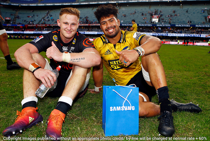 Daniel Du Preez of the Cell C Sharks with Ardie Savea of the Hurricanes during the Super Rugby match between Cell C Sharks and Hurricanes at Jonsson Kings Park Stadium in Durban, South Africa on Saturday, 1 June 2019. Photo by Steve Haag / stevehaagsports.com