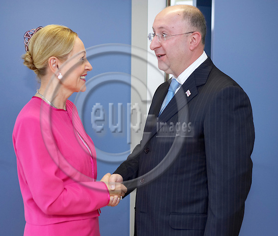 BRUSSELS - BELGIUM - 14 SEPTEMBER 2006 -- EU external relations commissioner Benita FERRERO-WALDNER (L) welcomes Georgian Foreign Minister Gela BEZHUASHVILI before a bilateral meeting at EU headquarters. -- PHOTO: THIERRY MONASSE / EUP-IMAGES