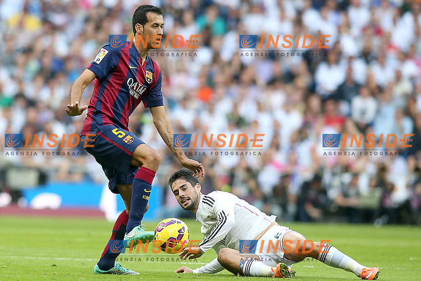 Real Madrid's Isco (r) and FC Barcelona's Sergio Busquets during La Liga match.October 25,2014. (ALTERPHOTOS/Acero) <br /> Clasico<br /> Foto Insidefoto