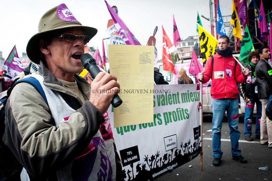 Plusieurs dizaines de milliers de personnes (entre 80 000 et 100 000) défilaient le mercredi 29 septembre dans le centre de Bruxelles, pour une grande manifestation européenne contre les mesures d'austérité prises, ou envisagées, dans de nombreux Etats européens.
