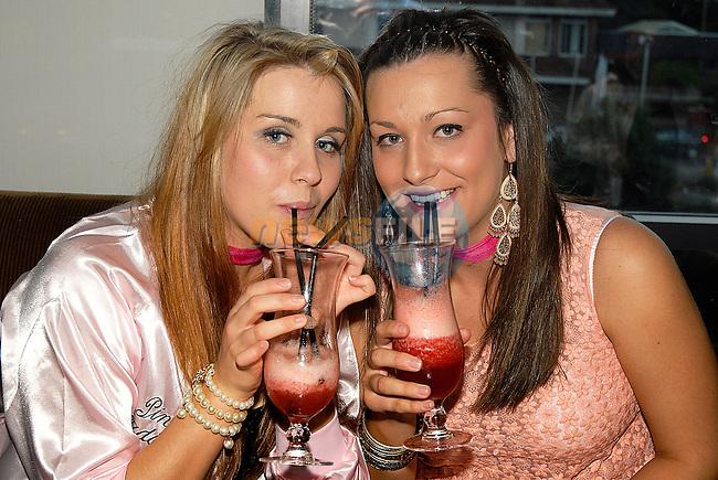 Janine McKenna and Rachel Healy at Lisa Fox's hen night in Brú. www.newsfile.ie